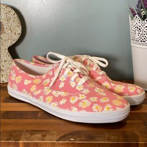Keds Sneakers Pink With Cream and White Flowers